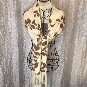 CEJON fringed scarf